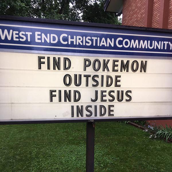 教会、ポケモンGOで掲示に工夫 「外でポケモン、中でイエス見つけて」