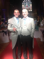 英国国教会の司祭、辞職してゲイのパートナーと結婚