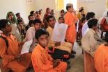 パキスタンの教科書、子どもたちに非イスラム教徒を憎むよう教える内容
