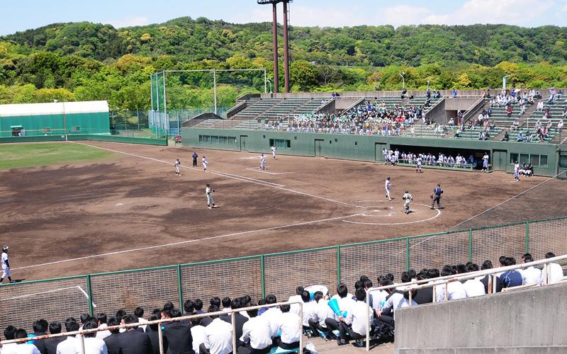 関東学院大学横浜・金沢文庫キャンパスの野球場(写真:関東学院大学提供)