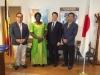 マンガプロジェクト ウガンダ駐日大使「アフリカ全域での宣教に有用」