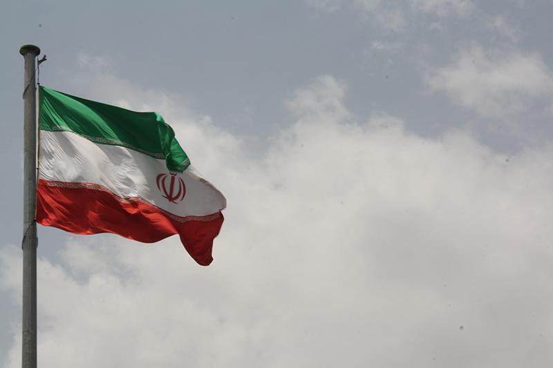 イランの国旗(写真:Blondinrikard Froberg)