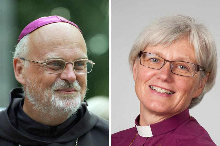 カトリック・ストックホルム教区のアンデルス・アルボレリウス司教(写真左)とスウェーデン国教会(ルーテル)のアンティエ・ヤケレン大監督(写真:カトリック・ストックホルム教区 / LWF / H.Putsman)