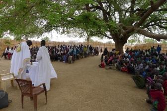ローマ教皇、南スーダン訪問の希望伝える キリスト教指導者の訪問団に