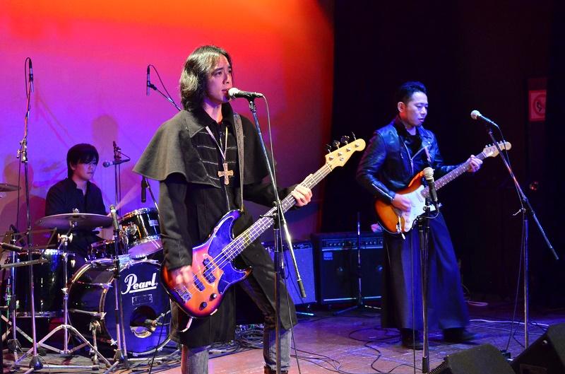 ホサナバンドと牧師ROCKSが共演 生き様をロックに