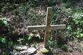 この人に聞く(18)日航機事故から31年目の夏① 御巣鷹の尾根に立つ1本の十字架