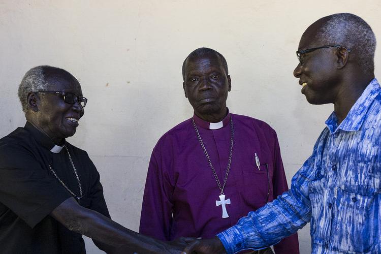 平和を懇願している南スーダン南西部の町イェイの教会指導者たち(写真:UNMISS)