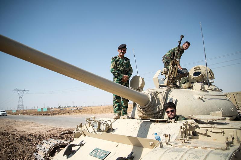 クルド人部隊「ペルシュメルガ」の隊員ら=2014年7月(写真:Boris Niehaus)