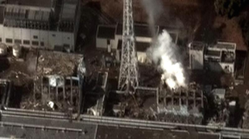 東日本大震災による津波を受けた後の福島第一原発(写真:Digital Globe)