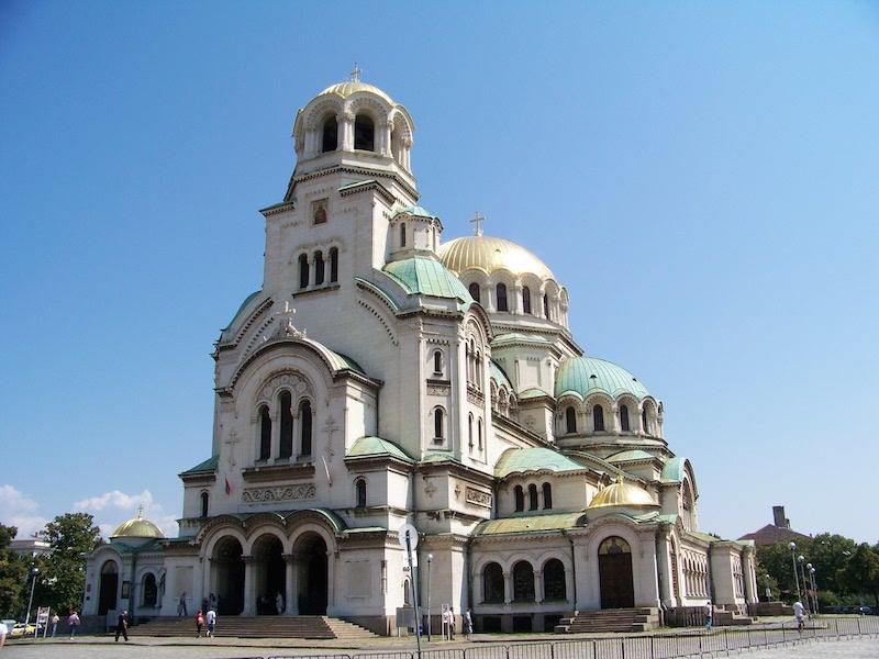ブルガリアの首都ソフィアにある、ブルガリア正教会のアレクサンドル・ネフスキー大聖堂(写真:www.vacacionesbulgaria.com)