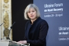 メイ英首相「キリスト教信仰が助けに」 EU離脱めぐる決断で