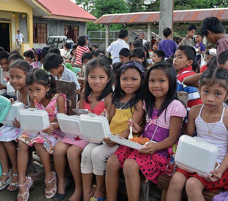 子どもたちにクリスマスの愛の贈り物を JIFH、チャイルドサポーターとクリスマス募金を呼び掛け