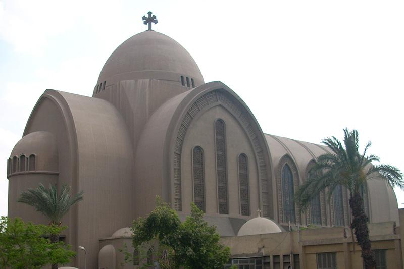 首都カイロにあるコプト正教会総主教座聖堂の聖マルコ大聖堂。自爆テロ事件は、同大聖堂に隣接する教会で発生した。(写真:Ashashyou)