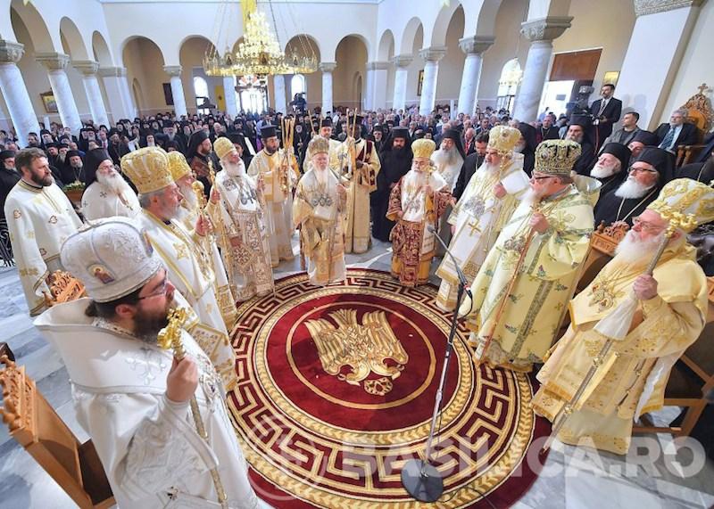 正教会聖大会議の最終日に行われた聖体礼儀の様子=6月26日、ギリシャのクレタ島で(写真:ルーマニア正教会)