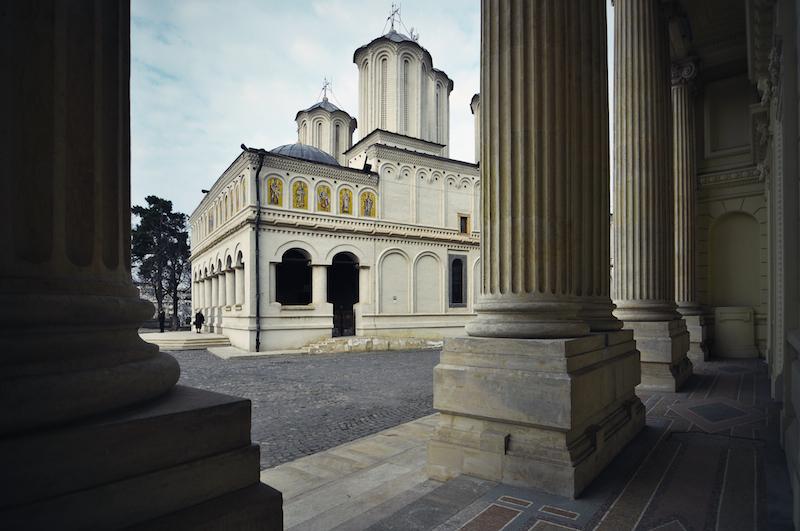 ルーマニアの首都ブカレストにあるルーマニア正教会総主教座大聖堂(2011年に撮影、写真:fusion-of-horisons)