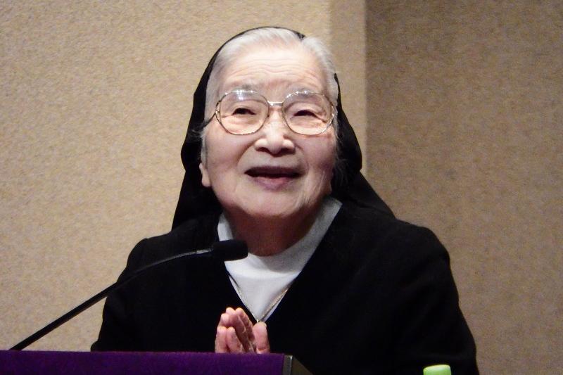 渡辺和子さん死去、89歳 ノートルダム清心学園理事長 『置かれた場所で咲きなさい』著者