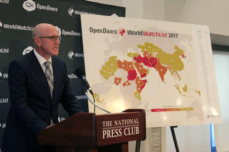 米国オープン・ドアーズのデイビッド・カリー会長兼最高責任者(CEO)=11日、ナショナル・プレス・クラブ(米ワシントン)で<br />