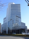 教育研究施設にオフィスビルが併設 上智大に複合施設ソフィアタワーが完成