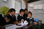 チャイルド・ファンド 書き損じた年賀状でネパールの子どもたちを支援 25枚で辞書1冊に