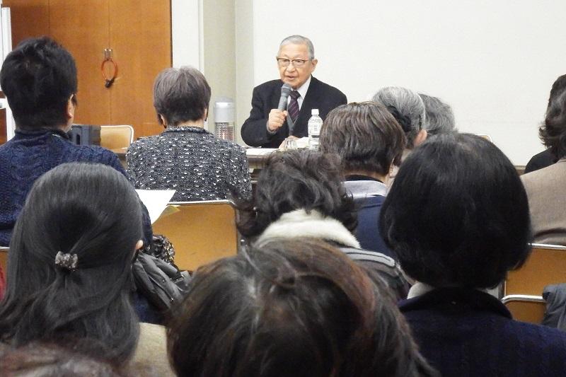 講演した関田寛雄牧師は、映画「男はつらいよ」シリーズの主人公・寅さんこと車寅次郎の大ファン=10日、横浜YWCA(横浜市中区)で