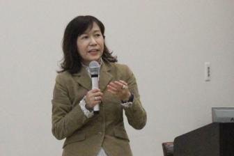 「神抜きで悲しみは乗り越えられるのか」香山リカ氏による聖学院大キリスト教カウセリング研究講演会