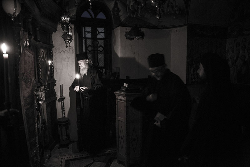 聖山アトス巡礼紀行―アトスの修道士と祈り―(24)ケリの祈り1:夜明けのエーゲ海 中西裕人