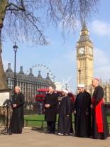 「テロは決してわれわれを分裂させられない」 キリスト教・イスラム教・ユダヤ教の指導者らが書簡
