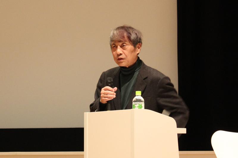 記者発表会の特別レクチャーで同展について語る安藤忠雄氏=12日、国立新美術館(東京都港区)で