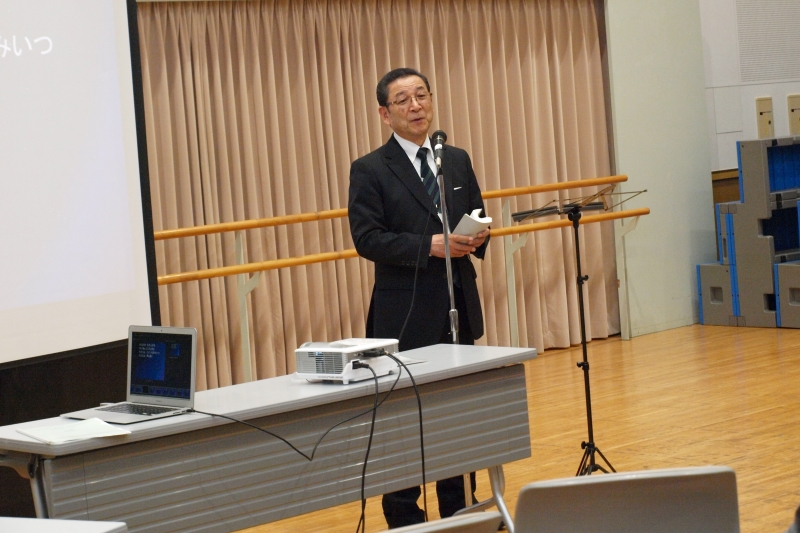 「祈りは、門を開く力を持っている」と語る村上宣道氏=4月24日、開拓伝道セミナー会場(国立オリンピック記念青少年総合センター)で