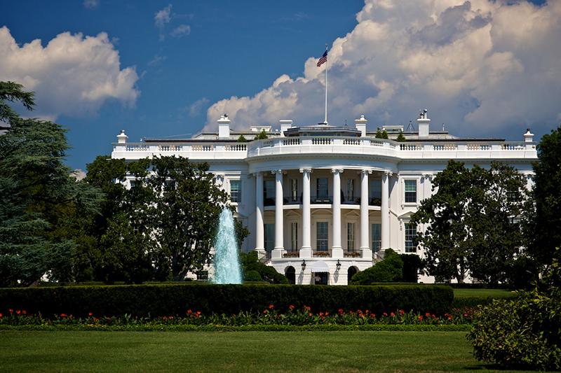 ホワイトハウス(写真:Zach Rudisin)