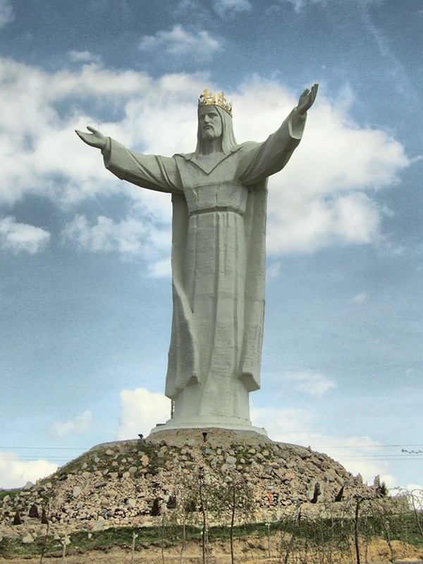 世界最大のイスラム教国インドネシアで、世界最大のキリスト像の建設計画