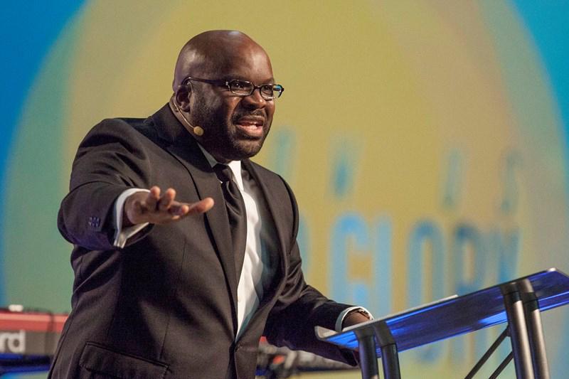 米南部バプテスト連盟(SBC)牧師会議の初の黒人議長に選出される見通しとなったH・B・チャールズ・ジュニア牧師(シャイロー教会、フロリダ州)(写真:同牧師のホームページより)