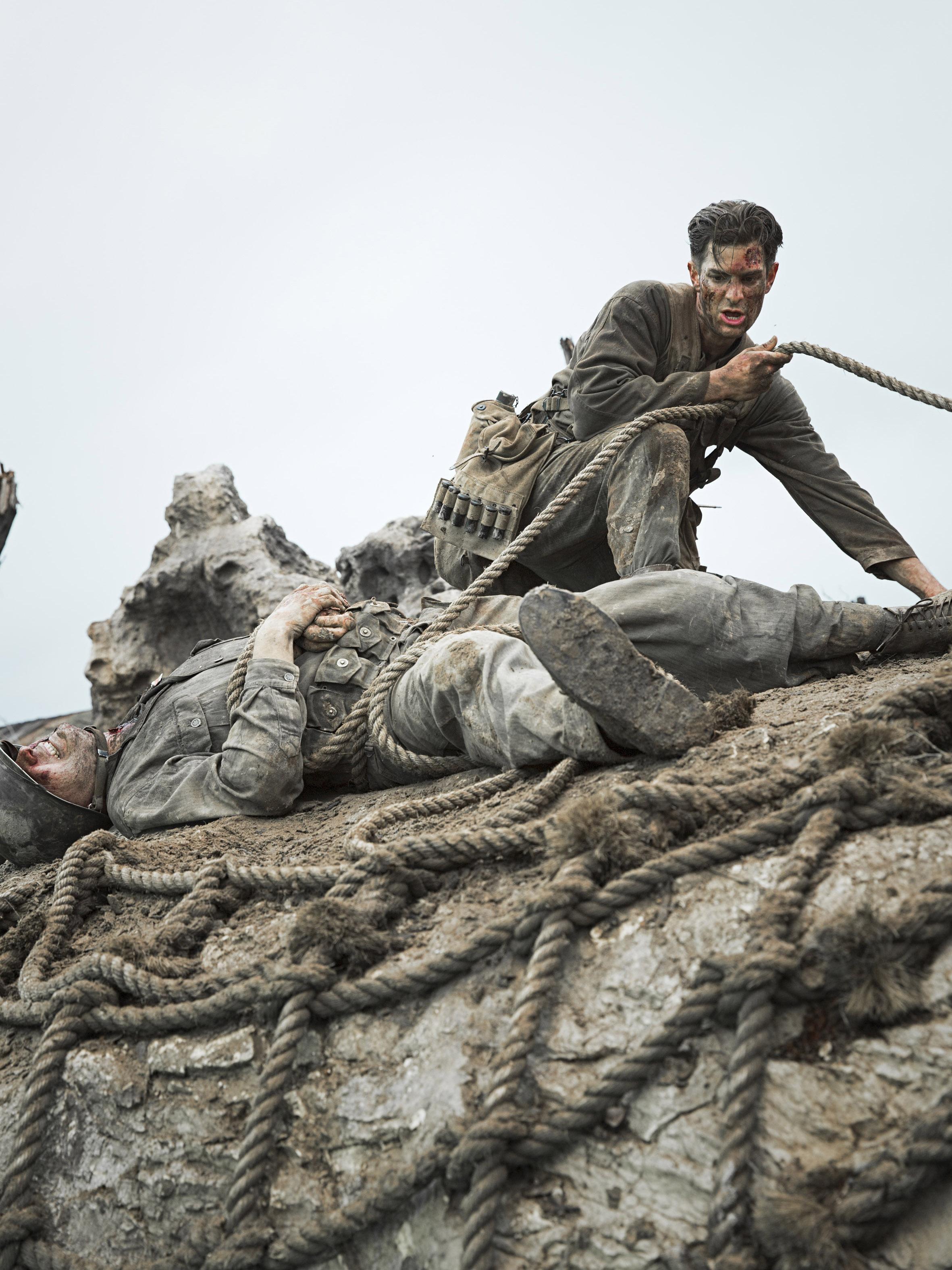 沖縄戦で武器を持たずに75人を救ったクリスチャン兵の実話 映画「ハクソー・リッジ」あす公開