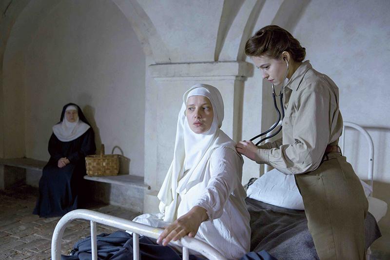 母となる修道女を支えた実在の女医がモデルの映画「夜明けの祈り」 アンヌ・フォンテーヌ監督インタビュー