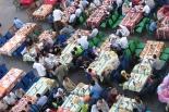 エジプトのキリスト教徒、ラマダン中のイスラム教徒に食事を提供