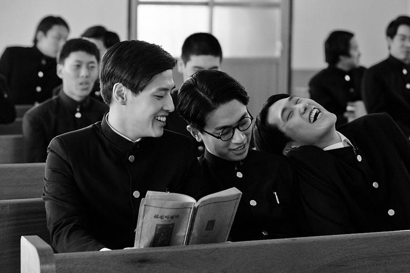 生誕100周年 夭折の詩人・尹東柱の生涯を映画化 「空と風と星の詩人~尹東柱の生涯~」22日より公開