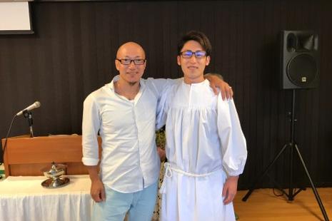 左から遊佐学さんと金井駿さん