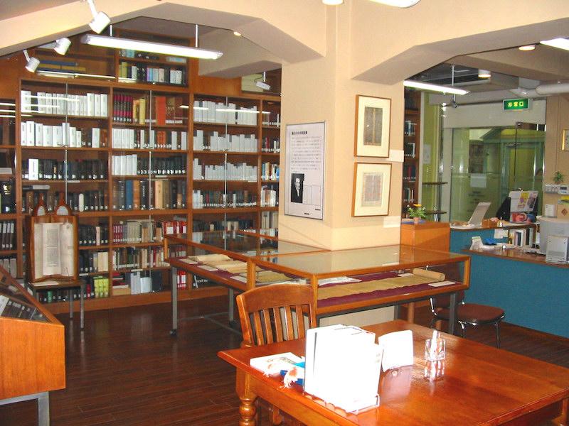 聖書図書館が37年の歴史に幕 貴重な資料を青山学院大へ寄贈s