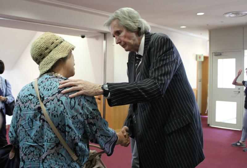 世界最大級の教会創設者・ビル・ウィルソン氏が来日 世の中で捨てられた人たちをイエスのもとに連れていく