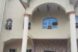 ミサ中の教会で銃乱射、11人死亡 麻薬絡みの抗争原因か ナイジェリア