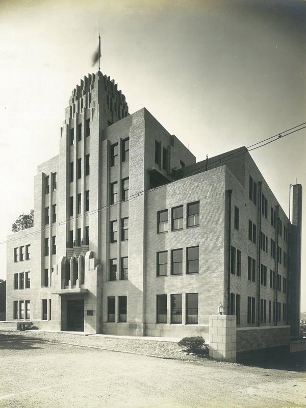 1937年に建てられた佐藤新興生活館。後の山の上ホテル。(画像:山の上ホテル提供)