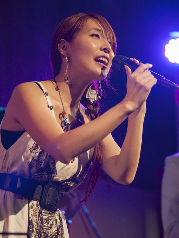 Migiwa さん=8月27日、ライブハウス「Back in Town」(東京都新宿区)で