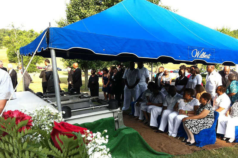 ナッシュビルからの愛に触れられて(9)モリースの葬儀と南部人の死生観 青木保憲