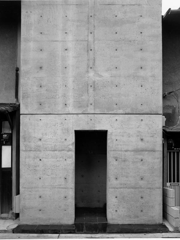 「光の教会」の礼拝空間を東京で体感できる 「安藤忠雄展ー挑戦ー」国立新美術館で開催中