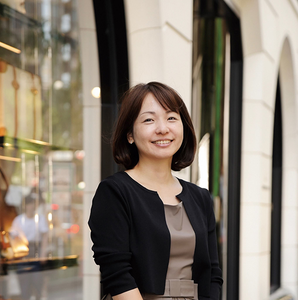 【記事広告】地下足袋をハイヒールに履きかえた女性社長が手掛ける美容クリーム 岩崎多恵さん