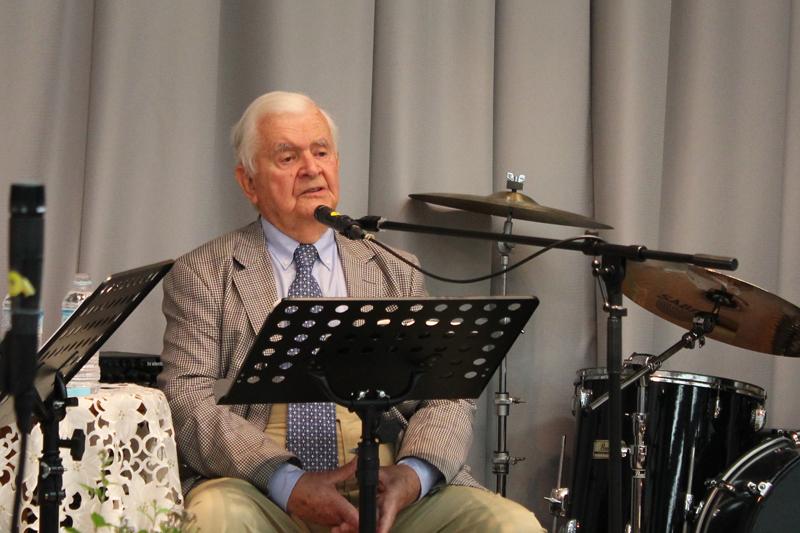 ジェームズ・フーストン氏。今回は、新刊『キリストのうちにある生活』(いのちのことば社)の出版記念も兼ねて来日した=9月27日、上野の森キリスト教会(東京都台東区)で