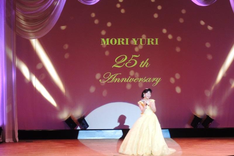 福音歌手活動25周年を迎えた森祐理さん=13日、なかのZERO(東京都中野区)で