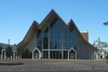 174年経て遂に完成 ニュージーランドのホーリートリニティー大聖堂で聖別式