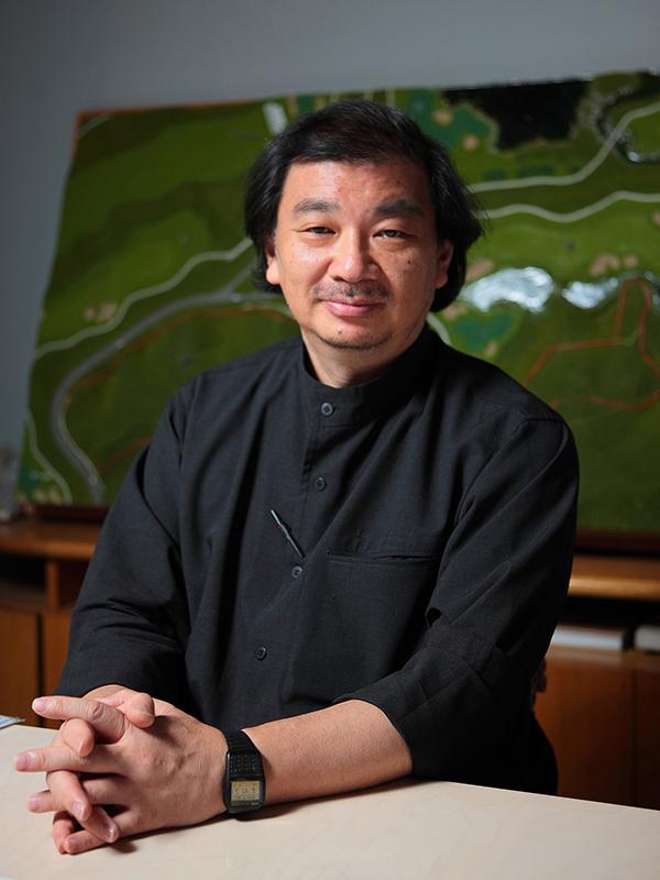 坂茂氏=2011年(写真:ハイアット財団提供、坂茂建築設計撮影)