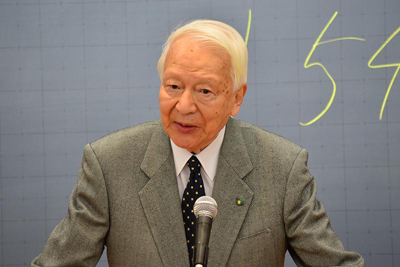 講演をした皆川達夫さん=11日、立教大学(東京都豊島区)で